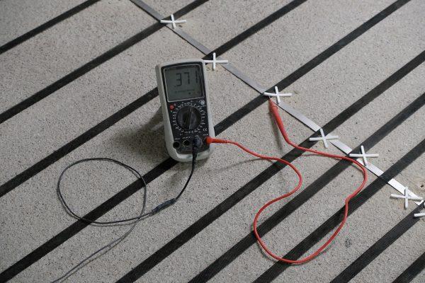 Kontrollmessungen während der Sanierungsarbeiten garantieren die ordnungsgemäße Funktion des Systems.